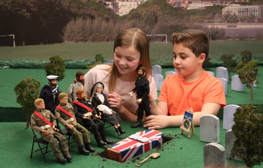 Kids Toys Action Figure: Video: Did You Know The UK Uses Child Soldiers?