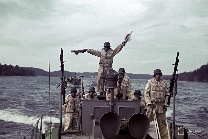 From the German navy parade (Einsatzstab Fähre Ost) from Lahdenpohja. Lahdenpohja, Laatokka. August 13, 1942.