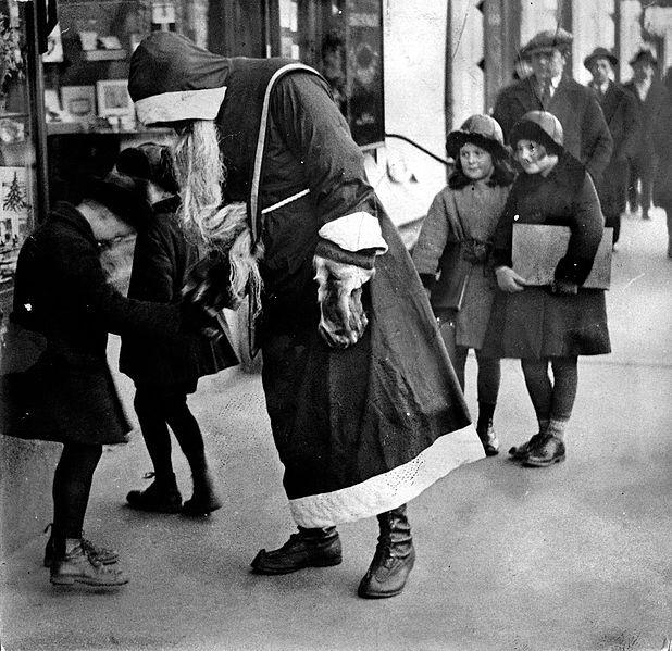 Joulupukki in the streets of Helsinki, 1930.
