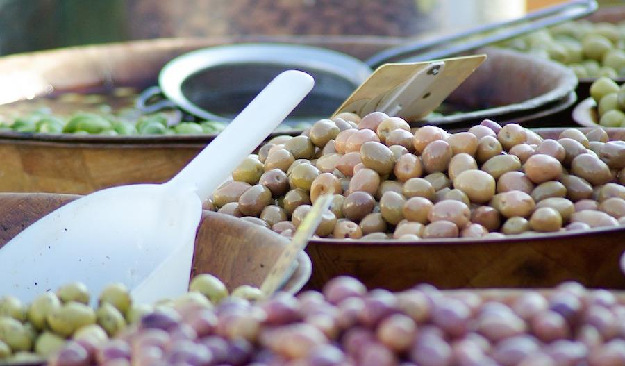 olives-627297_1280