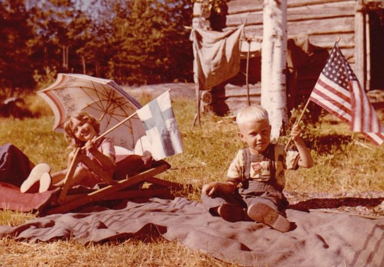 heikki_american-flg-kid