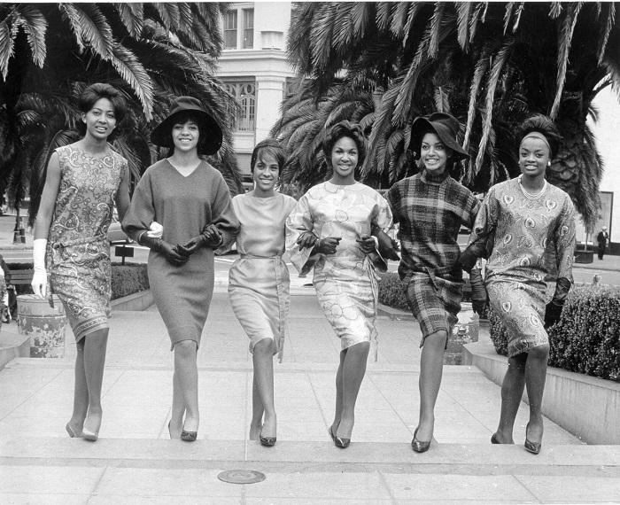1950s fashionistas