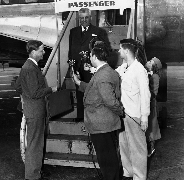 Airline TCA welcomes its 3-millionth passenger. July, 1950