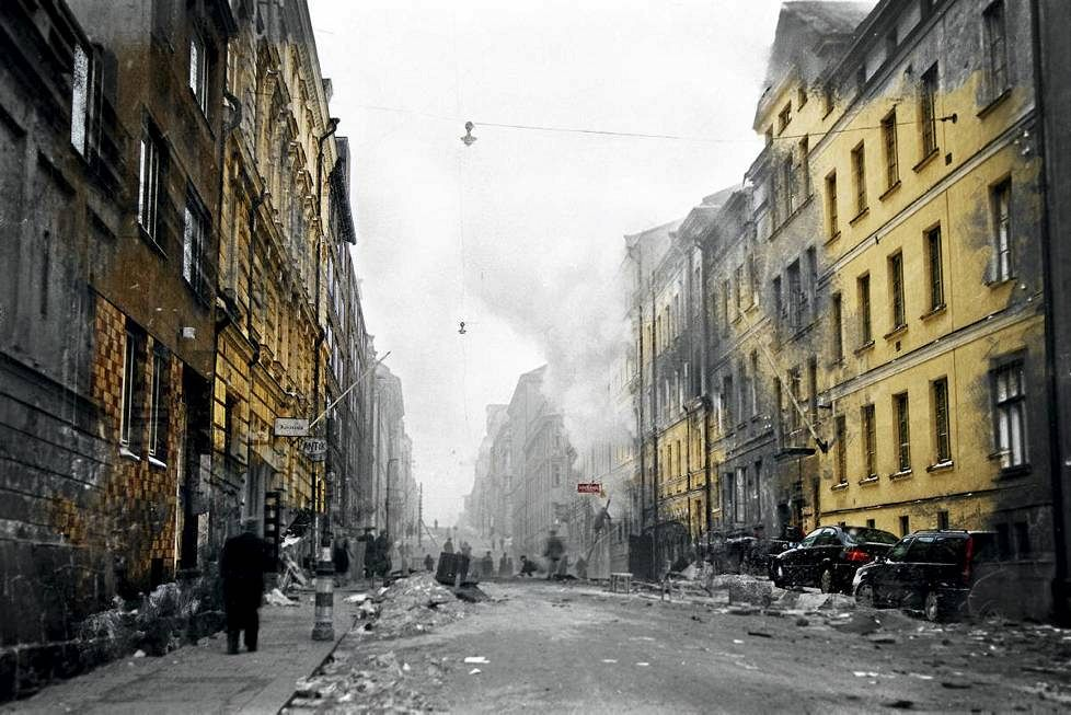 Damaged building in Helsinki after a bomb raid during the Continuation War.