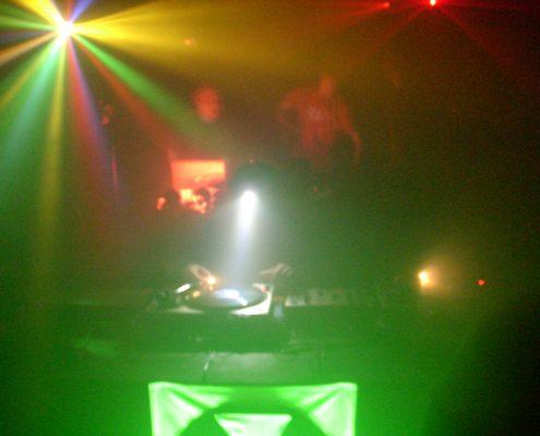 DJ set in Kontula, during Fallout 2007